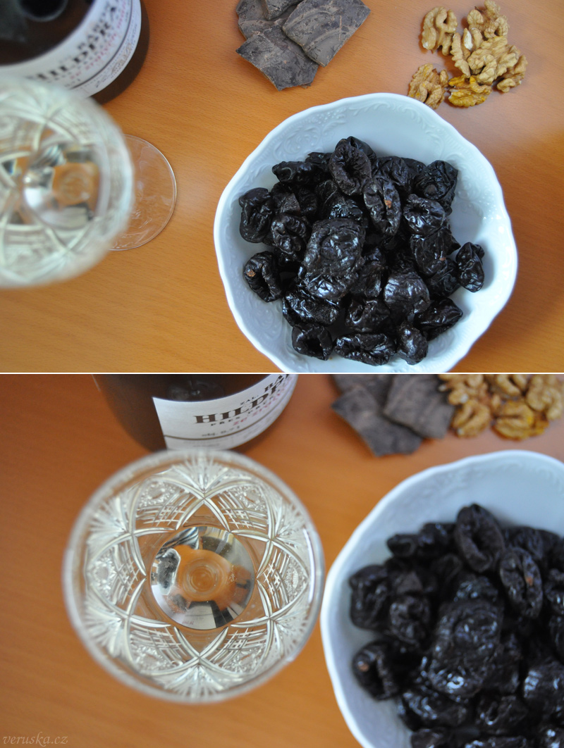 Suroviny na opilé švestky - sklenice Baron Hildprandt, švestky, kakaová hmota, ořechy