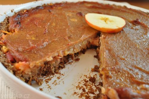 Jablečný koláč s datlovou pastou