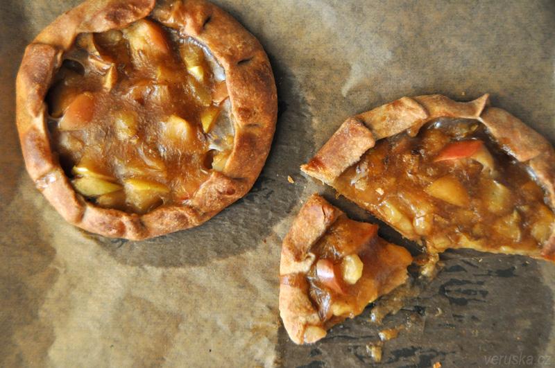Špaldová galetka s jablečným pudinkem