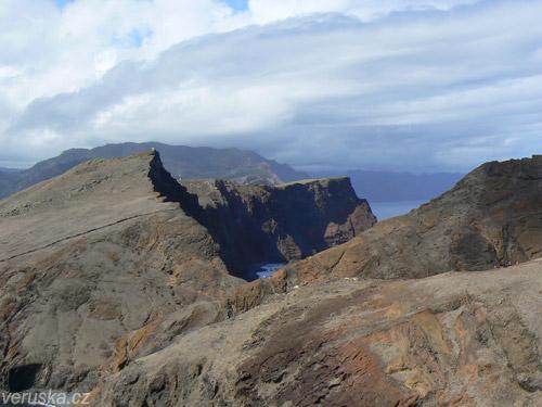 Věřili byste, že východní cíp tohoto zeleného ostrova vypadá takhle?