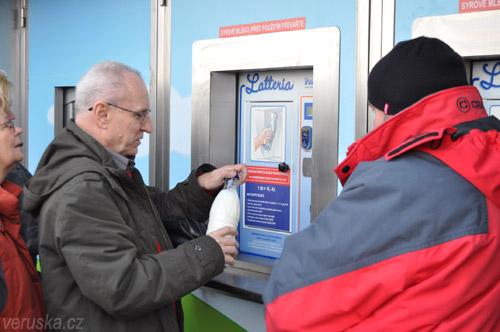 Automat na mléko v brněnské Olympii