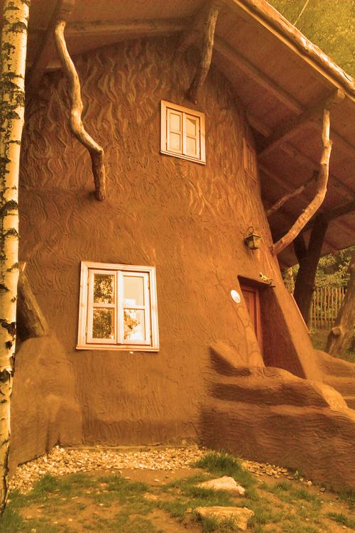 Pohádková vesnička - chaloupka z mechu a kapradí
