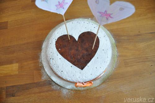Mandlový koláč s polentou k Valentýnu