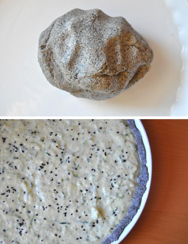 Quiche s černým sezamem, cibulovým pyré a cuketou