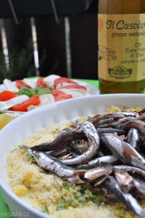Sardinky čerstvé, buvolí mozzarella a olivový olej