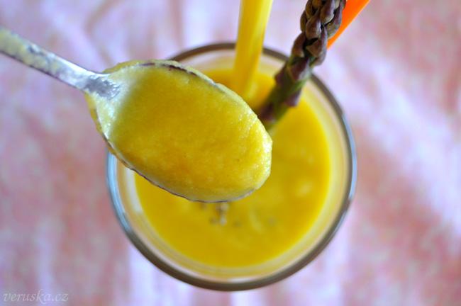 Smoothie jablko-mrkev-chřest